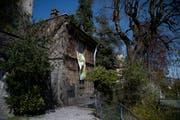 Die Villa Auf Musegg 1 in Luzern, welche dieses Frühjahr besetzt wurde. Bild: Luzerner Zeitung (18. April 2018)