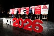 Vorstellung der Kampagne für Sion 2026 im Februar. Bild: Olivier Maire/Keystone