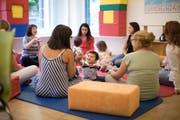Ziel des Familientreffs ist die Niederschwelligkeit. Es soll Raum und Zeit für die Kinder geschaffen werden. (Symbolbild: Gaëtan Bally/Keystone)