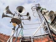 Das Bundesamt für Bevölkerungsschutz hat nach dem nur teilweise erfolgreichen Sirenentest von Anfang Februar das System am Mittwoch nochmals getestet - diesmal mit Erfolg. (Bild: KEYSTONE/ENNIO LEANZA)