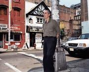 Philip Roth in Newark (New Jersey), wo er 1933 geboren wurde und im Stadtteil Weequahic aufgewachsen ist. (Bild: Lars Tunbjork/Keystone/Agence Vu (Juli 2003))