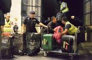 Am vergangenen Freitag konfiszierte die Polizei vom ehemaligen Premierminister Luxuswaren im Wert von mehreren Millionen Franken. (AP)