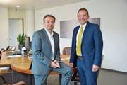 Der bisherige und der neue Verwaltungsratspräsident der Technischen Betriebe Weinfelden AG: René Bock und Franz Koller. (Bild: Mario Testa)