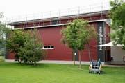 Die Reparaturen der Heuberghalle sind derzeit im Gang. (Bilder: Andreas Taverner)