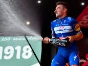 Bereits vierfacher Etappensieger am diesjährigen Giro d'Italia: Elia Viviani (Bild: KEYSTONE/AP ANSA/DANIEL DAL ZENNARO)