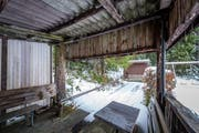 Die Kegelbahn beim Naturfreundehaus auf der Krienseregg muss bis Ende Jahr abgerissen werden. (Bild: Roger Grütter, 19. November 2017)
