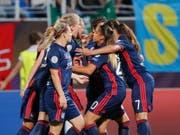 Lyon jubelt über den dritten Titel in der Champions League in Folge (Bild: KEYSTONE/EPA/SERGEY DOLZHENKO)