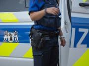 Bei dem Zwischenfall in der Basler Innenstadt wurde ein Polizist im Gesicht verletzt. (Bild: KEYSTONE/GEORGIOS KEFALAS)