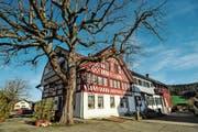 Das «Landhaus» gehört der Gemeinde Bichelsee-Balterswil und soll nun saniert und umgebaut werden. (Bild: Bilder: Olaf Kühne)