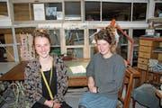 Marisa Mayer und Laura Oertle in ihrem Atelier in Lichtensteig. (Bild: Emilie Jörgensen)
