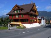 Das alte Landammannhaus an der Melchtalerstrasse in Kerns wurde unter Mithilfe der Denkmalpflege saniert. (Bild: OZ)