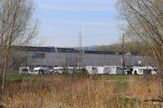 Die Wohnwagenburg der Fahrenden stand auf Steinacher Boden nahe der Grenze zu Arbon. (Bild: Martin Rechsteiner)