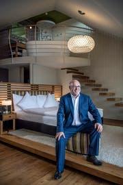 Fritz Erni in einem der 62 Montana-Zimmer. (Bild: Pius Amrein; Luzern, 14.Mai 2018)