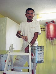Hat bei Maler Rixen Schnuppertage absolviert: Salman Hussein. (Bild: PD)