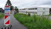 Die Oberstufenschüler von Hergiswil werden derzeit in Containern unterrichtet, da das Schulhaus umgebaut und saniert wird. (Bild: Denis Niederberger (Hergiswil, 15. Mai 2018))