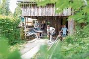 Rund sechzig Personen nahmen am Naturkegelanlass teil. (Bild: Roger Grütter, Krienseregg, 26. Mai 2018)