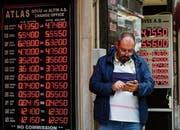 Die Sorgen über die Entwicklung der türkischen Währung und der Wirtschaft nehmen zu. (Bild: Lefteris Pitarakis/Keystone (Istanbul, 25. Mai 2018))