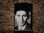 Das sechsseitige Manuskript eines Romanprojekts von Franz Kafka und Max Brod ist in Hamburg für 150'00 Euro versteigert worden. (Bild: KEYSTONE/AP/Miguel Tovar)
