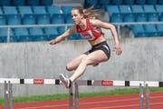 Tina Baumgartners einsames Rennen über 400 m Hürden. (Bild: Hanspeter Roos (Luzern, 27. Mai 2018))