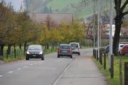 Die Wilstrasse in Oberdorf soll saniert und verbreitert werden. (Bild: Matthias Piazza (Oberdorf, 7. November 2017))
