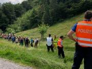 Rund 110 Schülerinnen und Schüler wurden anlässlich der Polizeiübung vom Rütli evakuiert. (Bild: PD)
