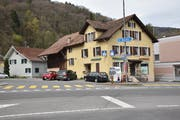 Für 725 000 Franken kauft die Ortsgemeinde den «Ochsen» und das Einfamilienhaus dahinter. (Bild: Heini Schwendener)