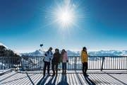 Eisige Temperaturen auf dem Titlis schrecken Touristen nicht ab. (Bild: Eveline Beerkircher (26. Februar 2018))