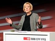 Die SBB-Verwaltungsratspräsidentin, Monika Ribar, kritisiert das Vorgehen des Bundes bei seiner Verkehrspolitik, weil etwa Doppelspurigkeiten entstünden. (Bild: KEYSTONE/ANTHONY ANEX)