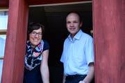 Die neue Jugendarbeiterin Christina Tobler und Kirchenpräsident Martin Rutschmann. (Bild: Werner Lenzin)