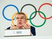Will sich mit der Aufhebung der lebenslangen Sperre von 28 russischen Wintersportlern nicht abfinden: IOC-Präsident Thomas Bach (Bild: KEYSTONE/EPA KEYSTONE/JEAN-CHRISTOPHE BOTT)