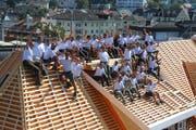Das Streule + Alder-Team auf dem Dach des Restaurants Rheinfels in Rorschach. Bild: PD