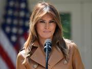 Seit Mitte Mai nach ihrer Nieren-OP nicht mehr in der Öffentlichkeit zu sehen: die US-First Lady Melania Trump. (Bild: KEYSTONE/AP/SUSAN WALSH)