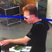 Aufnahme des Täters. (Bild: Luzerner Polizei)