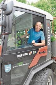 Köbi Scherrer war in der Gemeinde Nesslau vor allem im Transporter unterwegs. (Bild: Sabine Schmid)