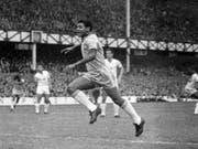 Garrincha prägte die WM 1962 (Bild: KEYSTONE/AP BIPPA)