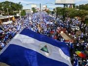 Grossprotest gegen Nicaraguas Präsident Daniel Ortega in der Hauptstadt Managua. (Bild: KEYSTONE/AP/ESTEBAN FELIX)
