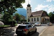 Der Verkehr setzt der Kapelle Unterheiligkreuz zu. (Bild: Florian Arnold (Altdorf, 29. Mai 2018))