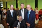 Landammann und Bildungsdirektor Beat Jörg (Mitte) mit drei seiner Vorgänger im Amt des Bildungs- und Kulturdirektors des Kantons Uri, Hans Danioth (sitzend), Hansruedi Stadler (rechts) und Josef Arnold. (Bild: PD (Altdorf, 26. Mai 2018))