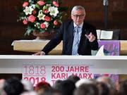 EU-Kommissionspräsident Juncker rief in Trier dazu auf, die grosse intellektuelle Leistung von Marx vom politischen Missbrauch durch spätere Generationen zu trennen. (Bild: KEYSTONE/AP dpa/HARALD TITTEL)