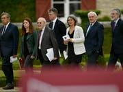 Die internationalen Vermittler riefen zur Aussöhnung zwischen den baskischen Separatisten und der spanischen Regierung ab - Ministerpräsident Rajoy zeigte sich hingegen unversöhnlich. (Bild: KEYSTONE/AP/ALVARO BARRIENTOS)