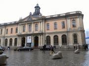 Hier tagte am Freitag die Schwedische Akademie. Sie beschloss, den Literaturnobelpreis in diesem Jahr zu sistieren. (Bild: Keystone/EPA TT NEWS AGENCY/FREDRIK SANDBERG)