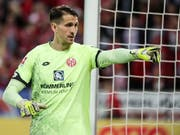Der Mainzer Keeper René Adler muss die Saison nach einer Knieverletzung abbrechen (Bild: KEYSTONE/EPA/ARMANDO BABANI)