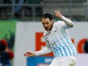 Alain Nef bleibt eine weitere Saison beim FCZ (Bild: KEYSTONE/EDDY RISCH)