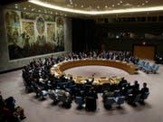 Das mächtigste Uno-Gremium: Sitzung des Weltsicherheitsrats in New York. (Bild: KEYSTONE/EPA/JASON SZENES)