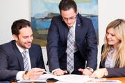 Reger Austausch: Alain Jäckle, Leiter Hypotheken-Center Thurgau/Schaffhausen; Roger Hänggi, Privatkundenberater Frauenfeld sowie Eveline Weilenmann, Leiterin Cash Service Frauenfeld.