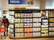Das Nestlé-Sortiment wird mit Starbucks noch grösser (Archiv). (Bild: KEYSTONE/LAURENT GILLIERON)