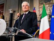 Der italienische Staatspräsident Mattarella hat am Montagabend die Bildung einer Regierung zwischen den Parteien für gescheitert erklärt. (Bild: KEYSTONE/AP ANSA/ETTORE FERRARI)