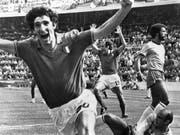 Italiens Paolo Rossi (links) überraschte an der WM 1982 alle (Bild: KEYSTONE/AP)