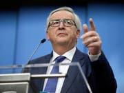 """""""Mehr Arbeit, weniger Korruption, Ernsthaftigkeit"""": EU-Kommissionspräsident Jean-Claude Juncker erzürnt mit seiner Forderung die Italiener. (Bild: KEYSTONE/AP/OLIVIER MATTHYS)"""