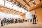 Neu-Stadtpräsident Wolfgang Giella wird am 1. Juni um 8 Uhr im Fürstenlandsaal begrüsst. Bezug seines Büros und kurzes Inti.